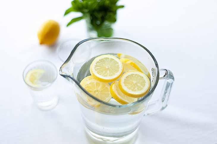 Trinke Wasser